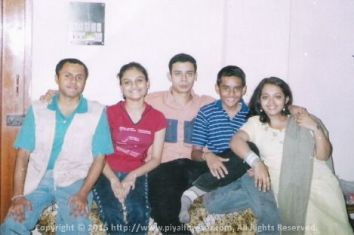 Classic pic with my cousins - Sunny Didi, Bhai, Mimi and Bitan Dada