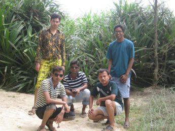 With my Kolkata Office team (Anup, Nazeem, Niladri, Anup) on the white sands of Mandarmani beach