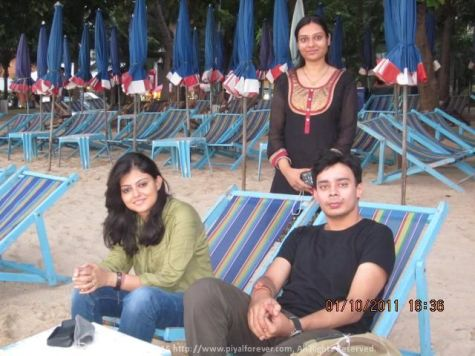 With Poulomi and Rajni on a beach in Pattaya during a very memorable Thailand Trip